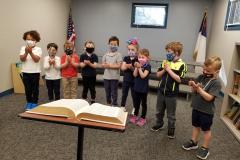 Smith-bible-prayer