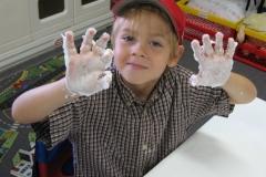 Jamie_shavecream_hands